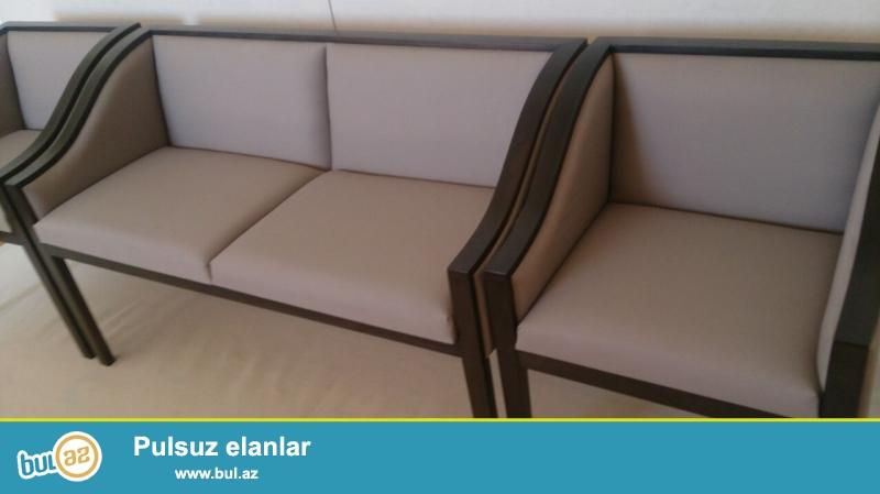 Luxry divan ve 2 kreslo yeni.<br /> Qiymetinden 2 defe ucuz...