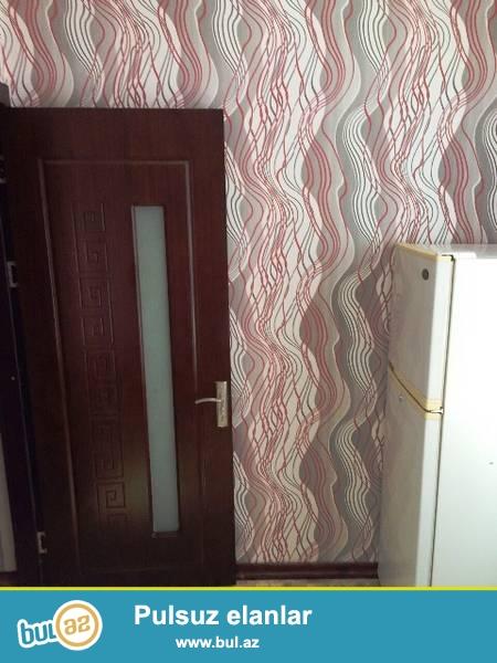 Насиминский район, около Посольства США сдаётся переделанная в 2 комнаты квартира...