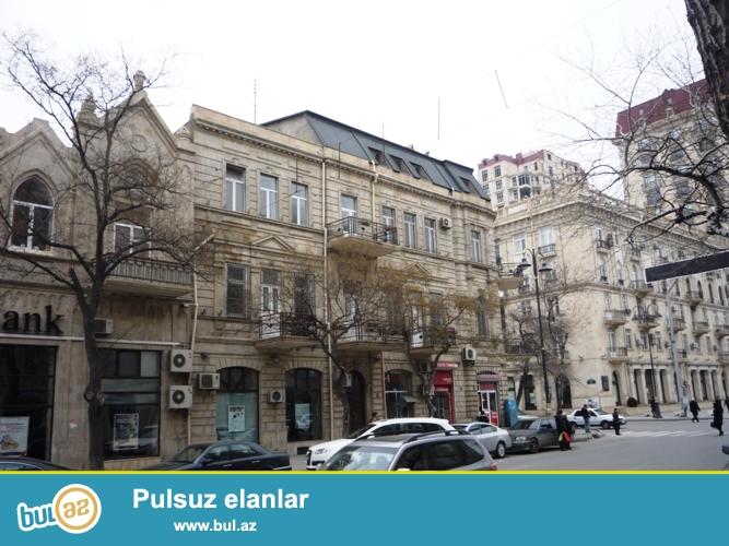 Cдается 2-х комнатная квартира в центре города,рядом с метро  28 Мая...
