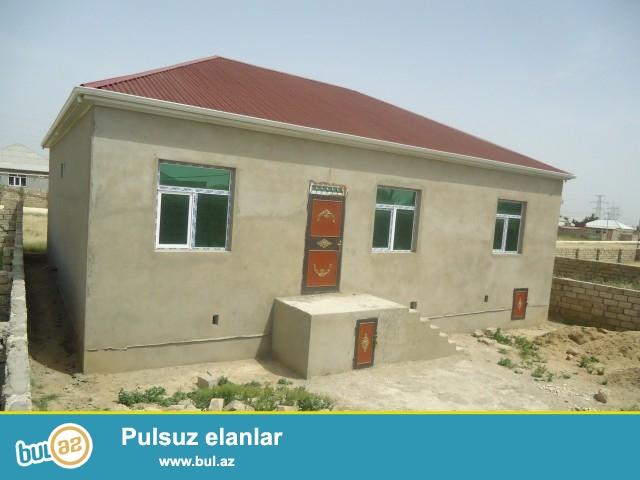 ELŞAD Sabunçu rayonu Zərkənd qəsəbəsində 3 sot torpaq sahəsində 8daş kürsüdə ümumi sahəsi 134 kv...