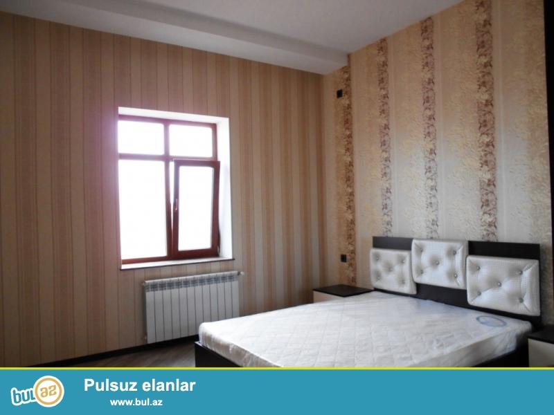 **РУФАТ*АЙНУР** Впервые на рынке продается новопостроенная 2х этажная дача-дом в стиле модерн в Шувелане , возле стадиона АЗАЛ, на 6,5 сотах, 4-х комнатная, частично обставленна новой мебелью, 170 кв...