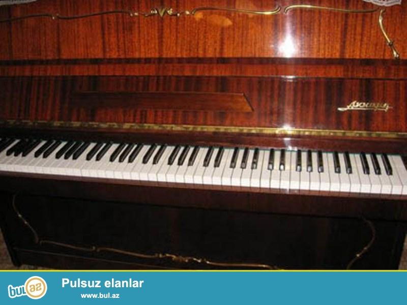 Akkord piano satilir yaxshi veziyyetedir