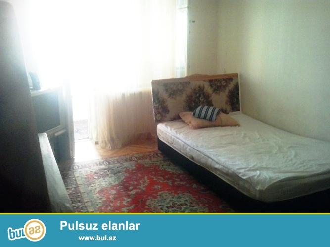 """Cдается 1 комнатная квартира в Ясамальском районе, рядом с """"Фаворит"""" маркетом..."""