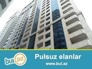 Xırdalan şəhəridə 12 mərtəbəli binanın (navastroyka) 3cü mərtəbəsi orta blokda ev satıram...