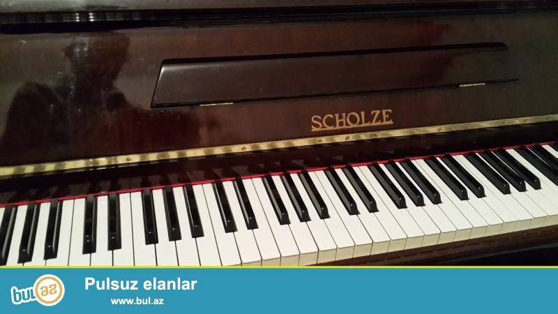 qehveyi rengli sholze  pianinosu  cxoslovakiya  istehsali .