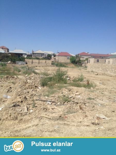 abşeron rayonu, Masazır qəsəbəsi, 169 marşrut yolun üstündə, Araz marketin yanı,  dayanacaqa yaxın, çox gözəl yerdə 14 sot torpaq sahəsi...