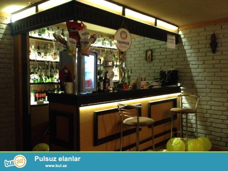 Со всем оборудованием и мебелью!Продается готовое кафе в центре города, по проспекту Строителей, рядом с ЦСУ...