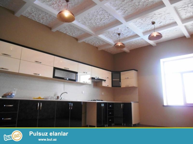 **РУФАТ*АЙНУР**    Срочно    продается    дача   в Шувелан    Гюльчюлюк,    в    престижном    месте, расположенная    дача    на   10- ти    сотах,   4 комнаты,    170 кв...