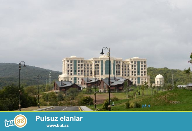 Quba rayonundan 5-6 km məsafədə yerləşir.Rixos otelin yaxınlığında...