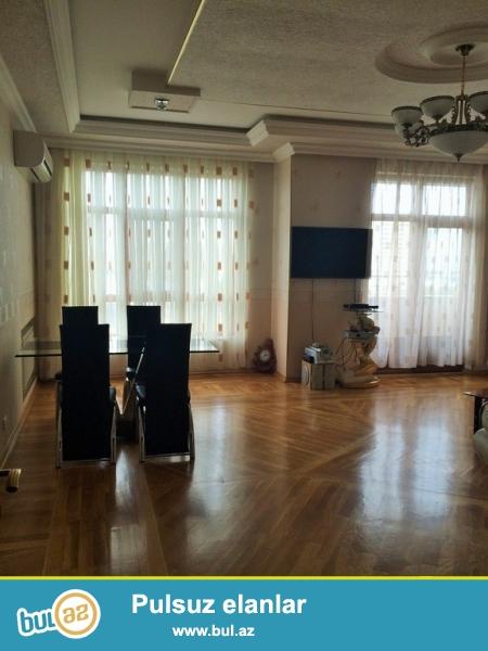 Срочно! По улице Сулейман Рустама, за 28 Мол  сдается  в аренду 3-х комнатная квартира с гаражом , нового строения  7/16,  площадью 152 квадрат...