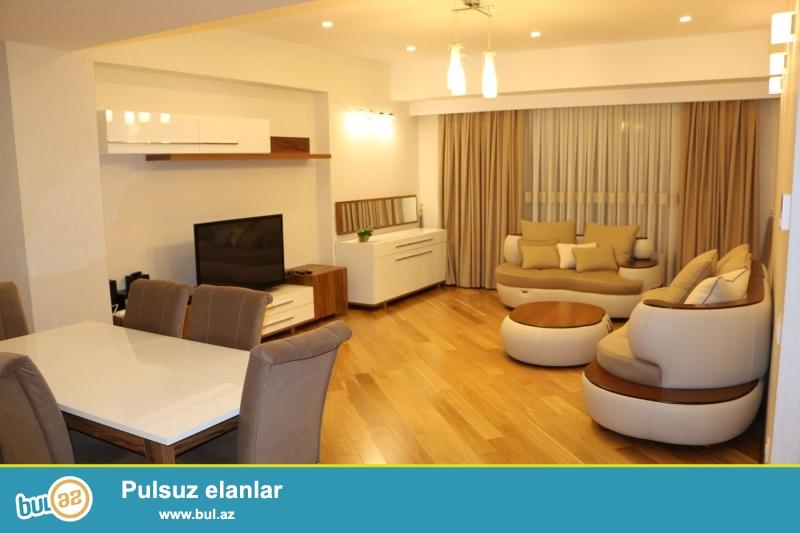 """Новостройка! Cдается 4-х комнатная квартира в центре города,в престижном комплексе """"Port Baku Residence""""..."""