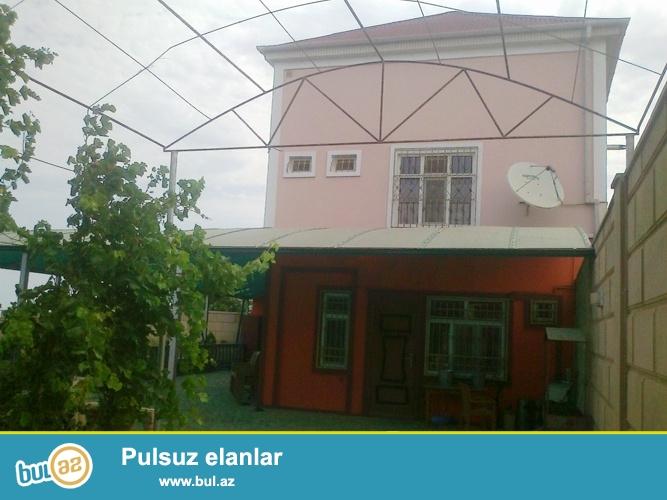 Со всей мебелью! Продается 3-х этажный частный дом в поселке Новханы, рядом с морем...