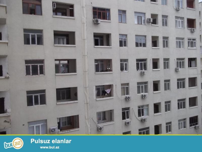 Продается 3-х комнатная квартира, за метро Хатаи, «ЯПЫ ИНШААТ», заселенный дом, ГАЗ есть, 14/19, общая площадь 157 кв...