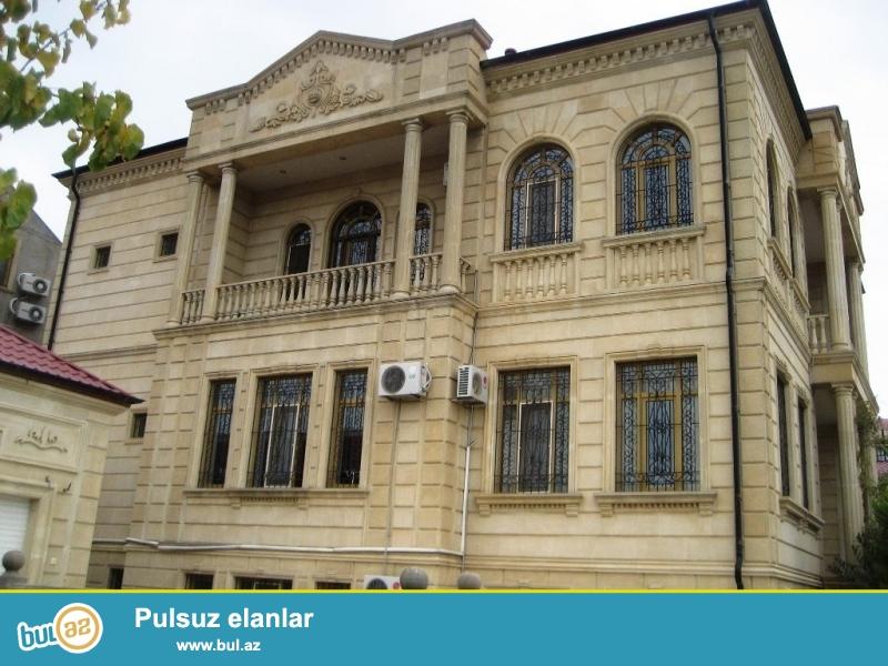 Очень  срочно  для солидных клиентов в Батандарте вблизи Камран-маркета сдаётся в аренду резиденция, расположенная на 14 сотках особняк, полностью обставленная  дорогой мебелью, состоит из 3-х этажей , 12-и комнат, площадь 650 квадрат...