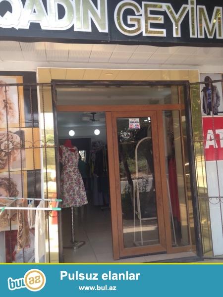 Neftçilər metrosunun yaxınlığında Aylin studioyla yanbayan <br /> 30 kvadrat, super təmir <br /> Sənət baksavet sənədi <br /> Qiyməti razılaşma yolu ilə