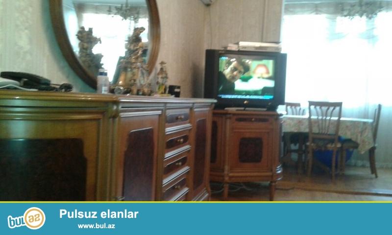 Cдается 3-х комнатная квартира в центре города,по проспекту Азадлыг, рядом с Насиминским рынком ...