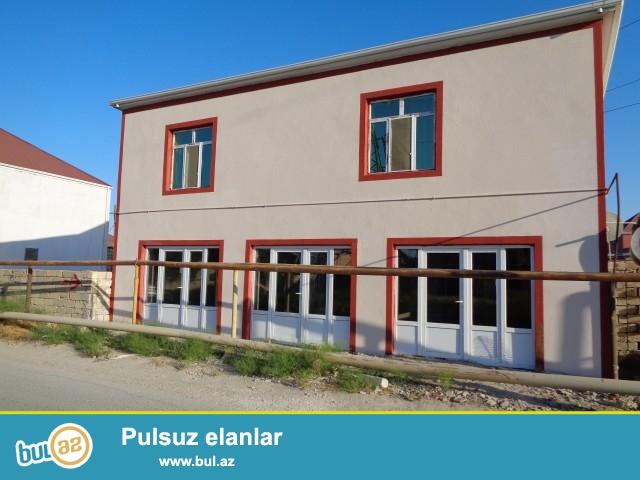 Sabunçu rayonu, Zabrat 1 qəsəbəsi, Kərpiç zavoda yaxın yerdə, 198 N-li marşurut yolunun yanı, yoldan 5 metr aralda  tiilmiş 3...