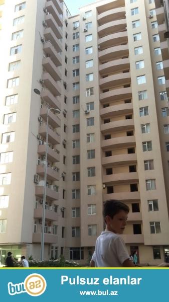 Новостройка! Cдается 3-х комнатная квартира в центре города, по проспекту Матбуат, рядом с «Баку Молл» ...