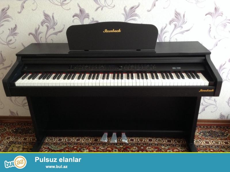 Sadece bir ay istifade olunmus Steinbach pianino satilir, ela veziyyetdedir...
