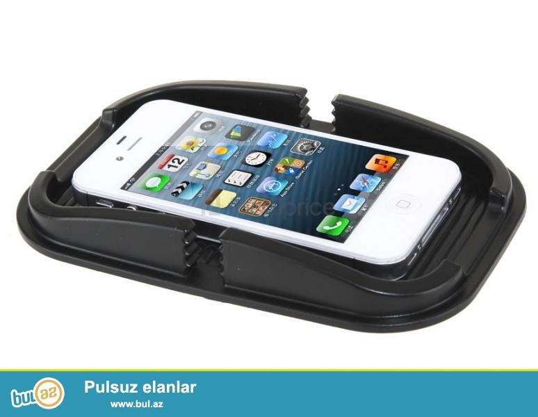 Avto sukan telefon tutucu-İNDİ 3 AZN