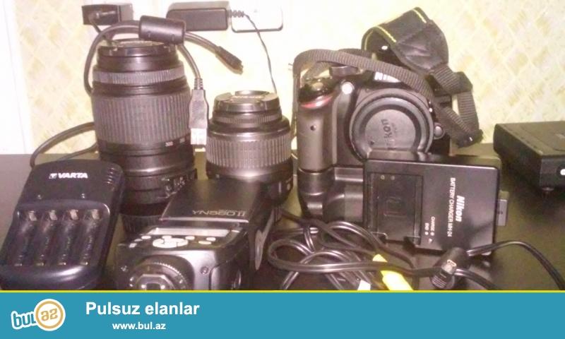 Nikon D3200 ela veziyetdedi tecili satilir 55-300 obyektiv flash sumka flash ucun zaretka verilir