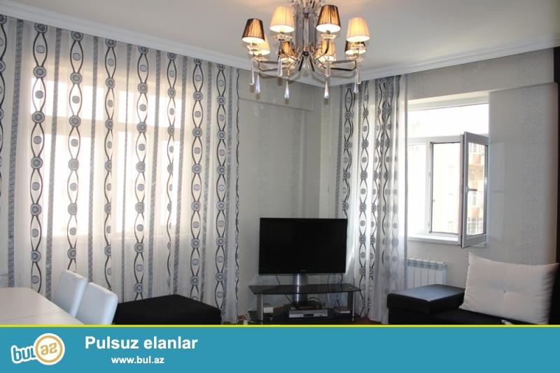 DEYERİNDEN ASAGİ!!! QAZLI YENİ TİKİLİ!!! Yasamal rayonu, Yeni Yasamal qəsəbəsi, Bizim marketin yaxınlığında 2/12 ümumi sahəsi 97 kv...