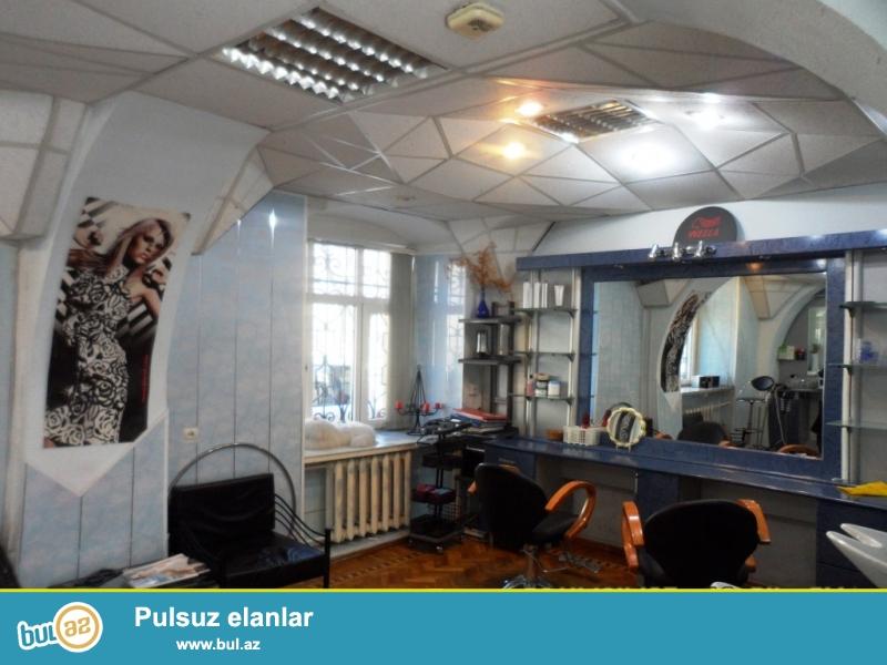 К сведению солидных клиентов:   Срочно продается 2 этажный  частный дом в «Ичери шехер», ок...
