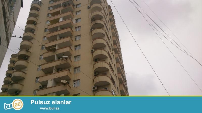Новостройка! Cдается 4-х комнатная квартира в центре города, по улице Гуткашенли, рядом с «Туран Банк»-ом ...