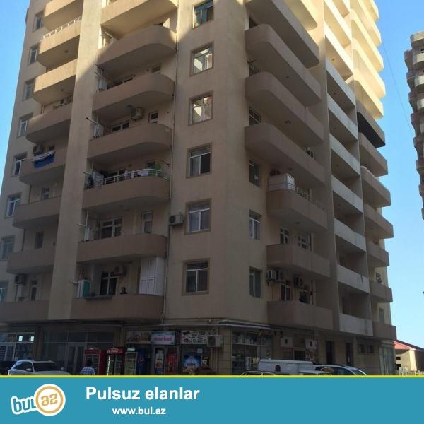 Yeni yasamalda yasayis olan binada 1otaqli padmayaq menzil, 61kv,2otaqa peredelka elemek olar.