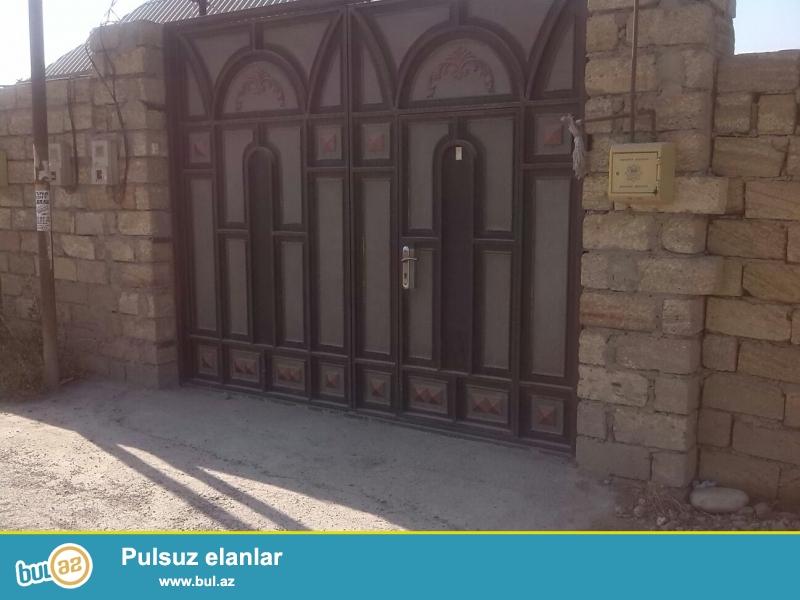 Yaşıldərədə 3 sotda 1 mərtəbəli, 3 otaqlı həyət evi satılır...
