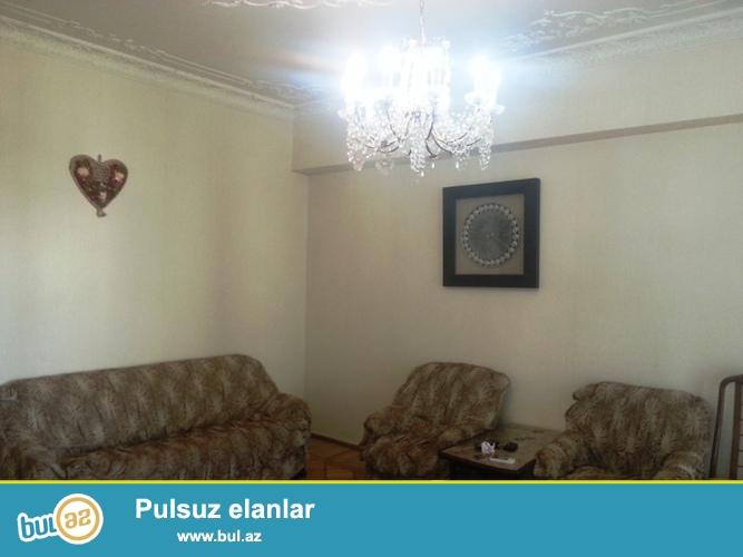 Cдается  3-х комнатная квартира в центре города,по проспекту Строителей, рядом с магазином «Олимп» ...