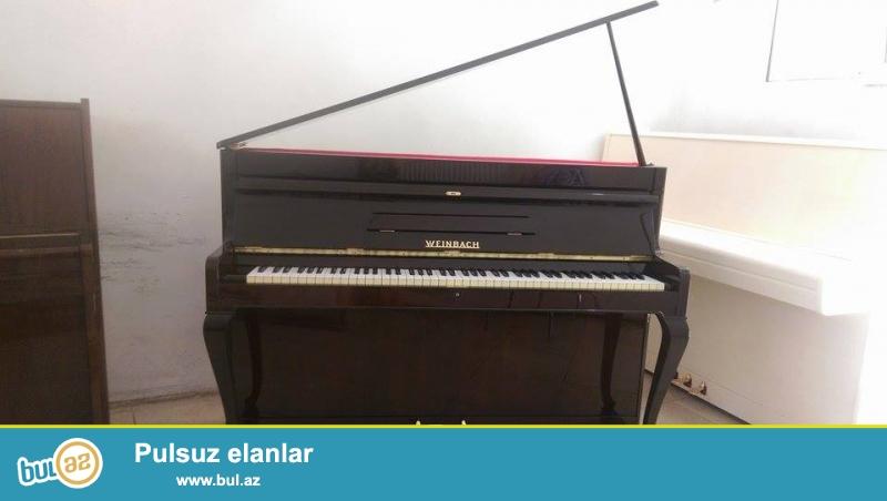 Ağ ve qehveyi renglerde 2 ve 3 pedallı PETROF, SCHOLZE, WEINBACH pianoları...