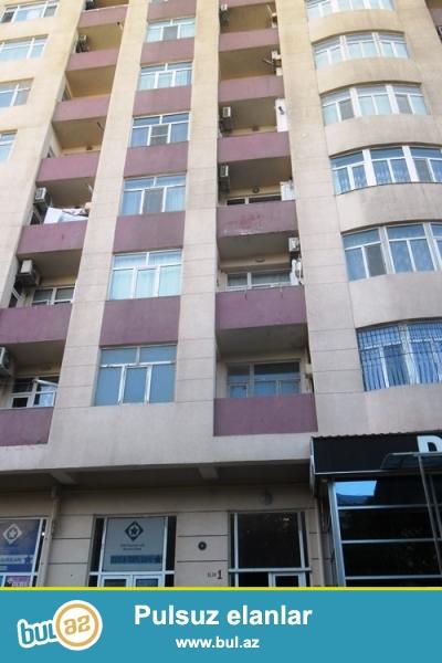 Новостройка! Cдается пустая 2-х комнатная квартира в центре города,около метро Гянджлик, рядом с Абу Петрол ...