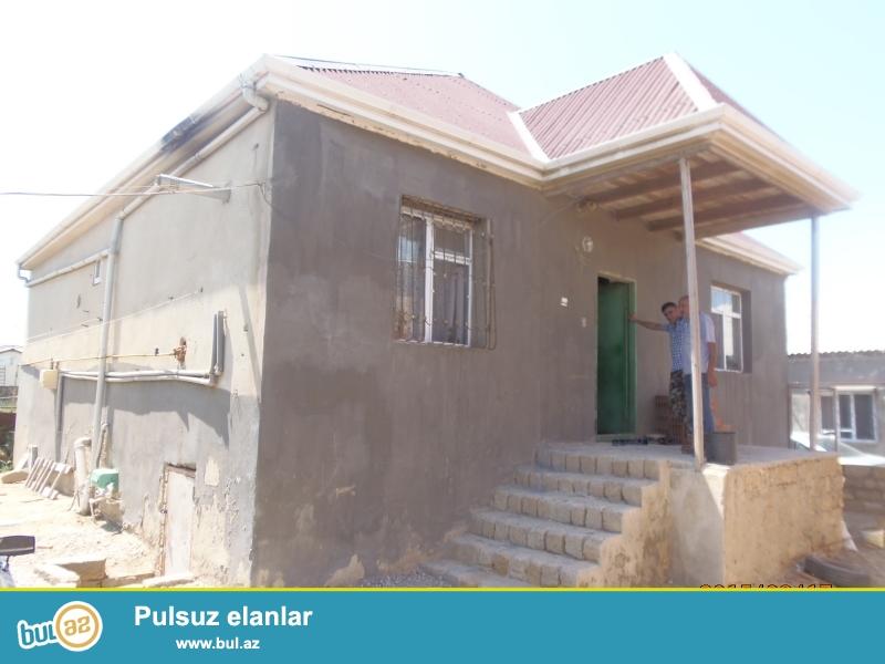Xəzər bağlarında 1 mərtəbəli, 3 otaqlı həyət evi satılır...