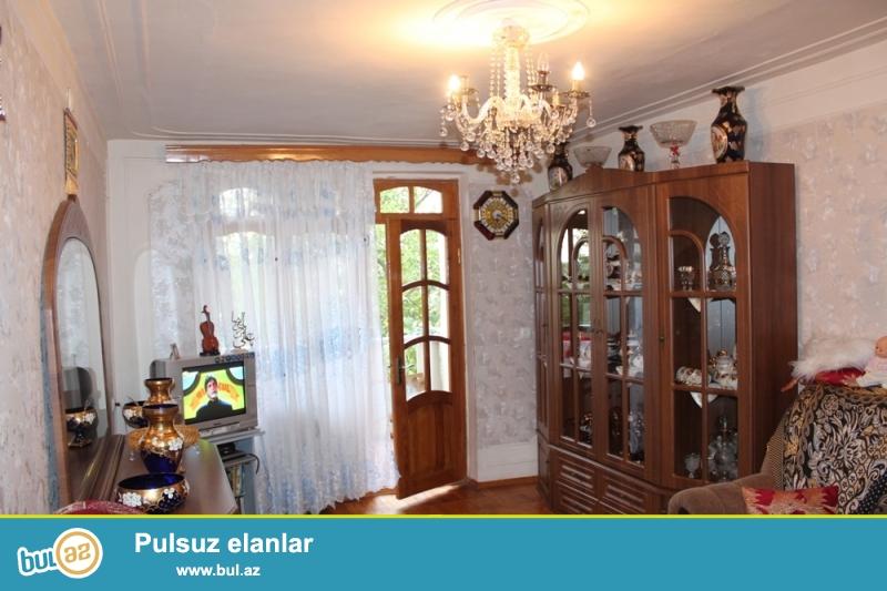 Yasamal rayonu, Asan Xidmət və Malboro dükanı yaxınlığında 4/5 ümumi sahəsi 65 kv...