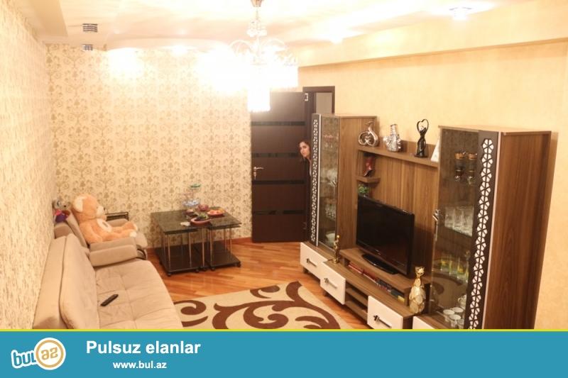 QAZLI YENİ TİKİLİ!!! Yasamal rayonu, Yeni Yasamal qəsəbəsi, 77№li avtobusun son dayanacağı yaxınlığında 17/20 ümumi sahəsi 98 kv...