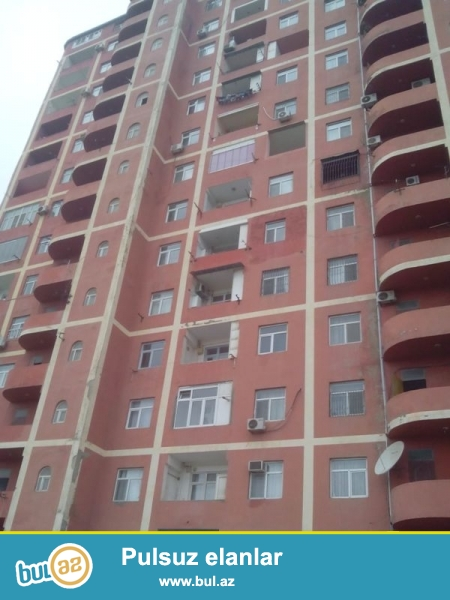 Продается 2-х комнатная квартира переделанная в 3-х комнатную, по улице З...
