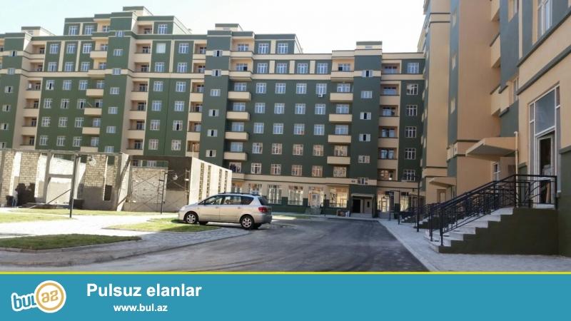 Masazir q.Ilin Dord Fesili inşa etdiyi Yeni Baki yaşayiş komleksi P şekilli binada 3 otaq sahesi 91 kv kecle suvanmiw menzil satilir...