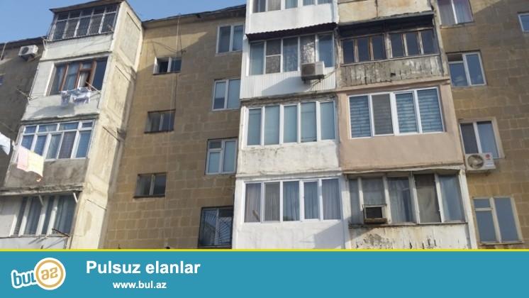 Nizami r. Q.Qarayev metro stansıyasının yanı, 5 mərtəbəli daş minsk layihəli binanın 2-ci mərtəbəsi...