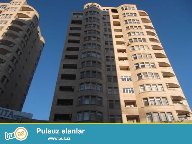 Ясамальский район, около станции метро «Низами» в элитной новостройке сдаётся 3-х комнатная  квартира...