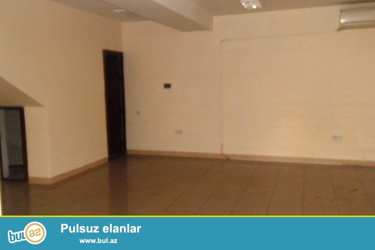 Сдается пустое помещение в центре города, рядом с метро Гянджлик...