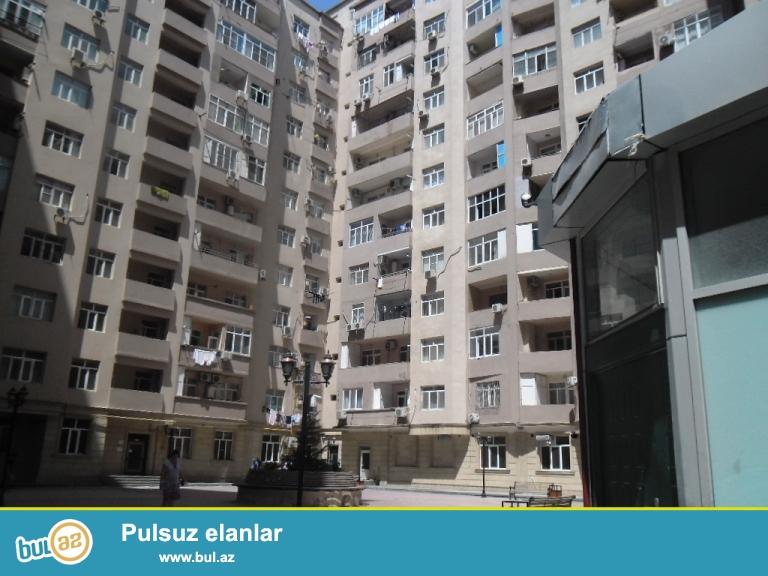 Yeni Yasamalda qazli binada 2otaq 97kv,temirli menzil, tam yasayisli binadir