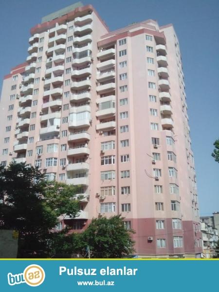 Продается 1-а комнатная квартира переделанная в 2-х комнатную, по улице Гасан Алиев, Химгородок, 8/19, заселенная новостройка, общая площадь 63 кв...