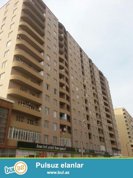 """Срочно! Продаю 1-ую комнатную квартиру, переделанную 2 комнаты в элитной и заселенной новостройке, в районе Бадантарского шоссе над  """"Bazar Store""""..."""