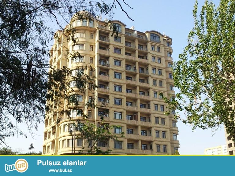 Новостройка! Cдается 3-х комнатная квартира в центре города, рядом с метро Низами...