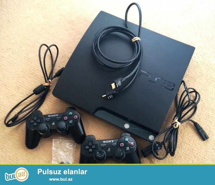 Ps3 slim 500 GB prowivka olunmus<br /> 2 joystick ve zaryadka kabeli<br /> HDMI ve AUX kabeller<br /> Ve 500 gb-a 30 en yaxsi ve yeni oyunlar<br /> Evde seraitinde saxlanilib ela veziyyetde