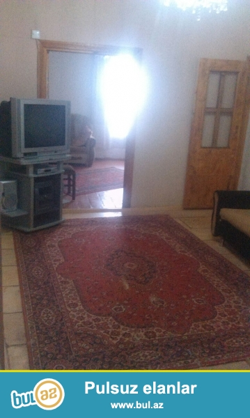 2 otaqli orta temirli her bir serahit olan heyet evi