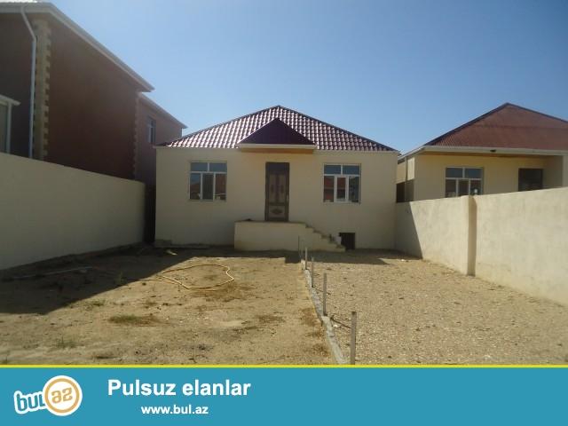 Sabuncu rayonu, Zabrat 1 qəsəbəsi, Kərpic Zavod deyilən ərazidə 3 sot torpaq sahəsində 5 daş kürsülü, ümumi sahəsi 100 kv...
