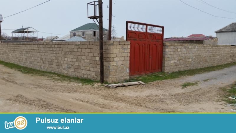 Hövsan bağlarında kupçalı 5 sot hasara alınmış darvazalı bağ sahəsi təcili satılır...