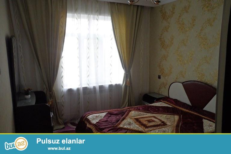 Xətai rayon H.Aslanov m\s yaxınlıgında N.Tusi küçəsində 9 mərtəbəli binanın 7-ci mərtəbəsində 3 otaqlı mənzil satılır...